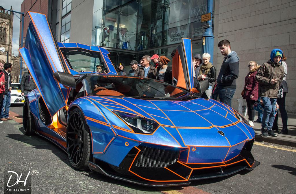 Wide Body Liberty Walk Lamborghini Aventador Shoots Flames